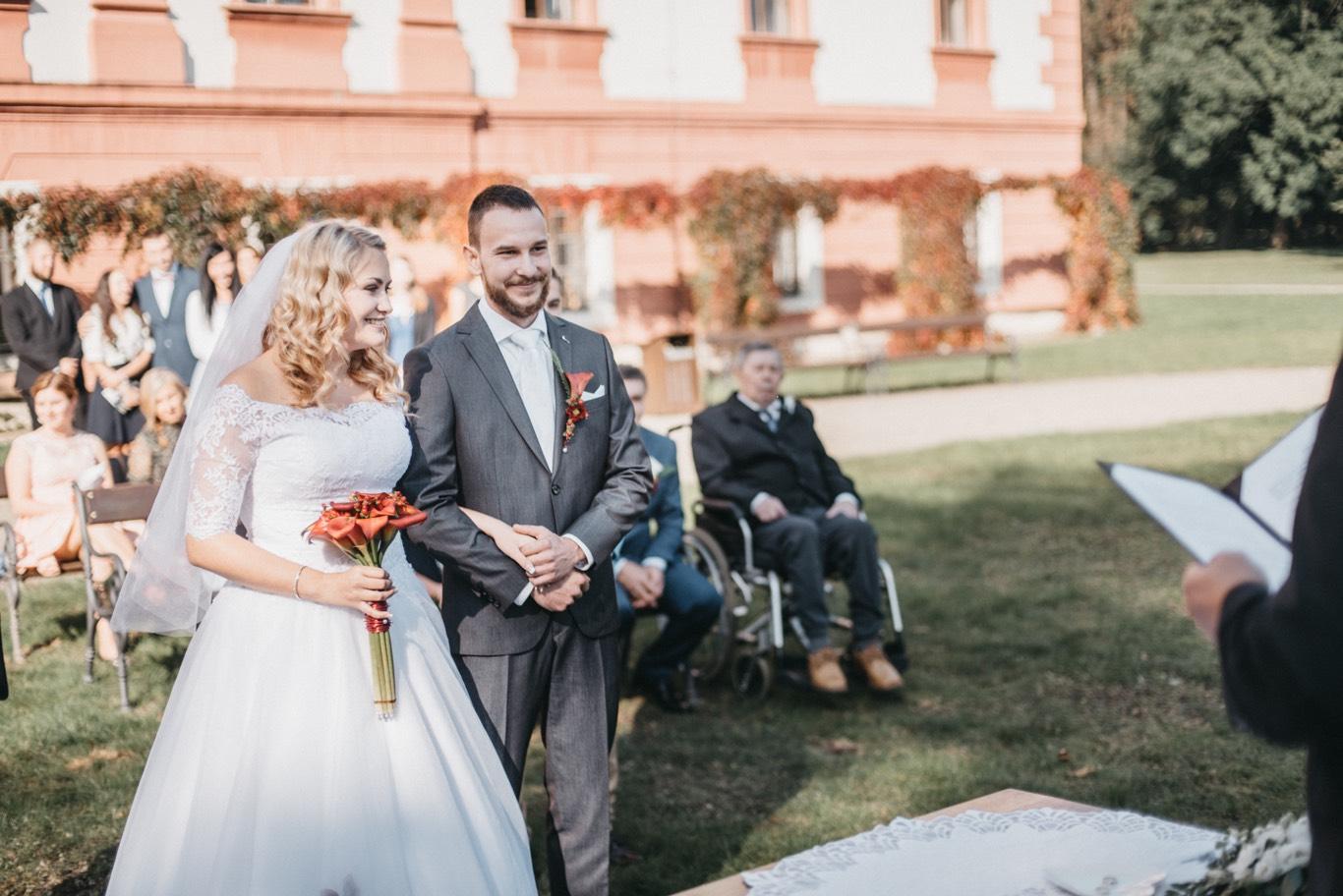 Svatební obřad na zámku Kunín