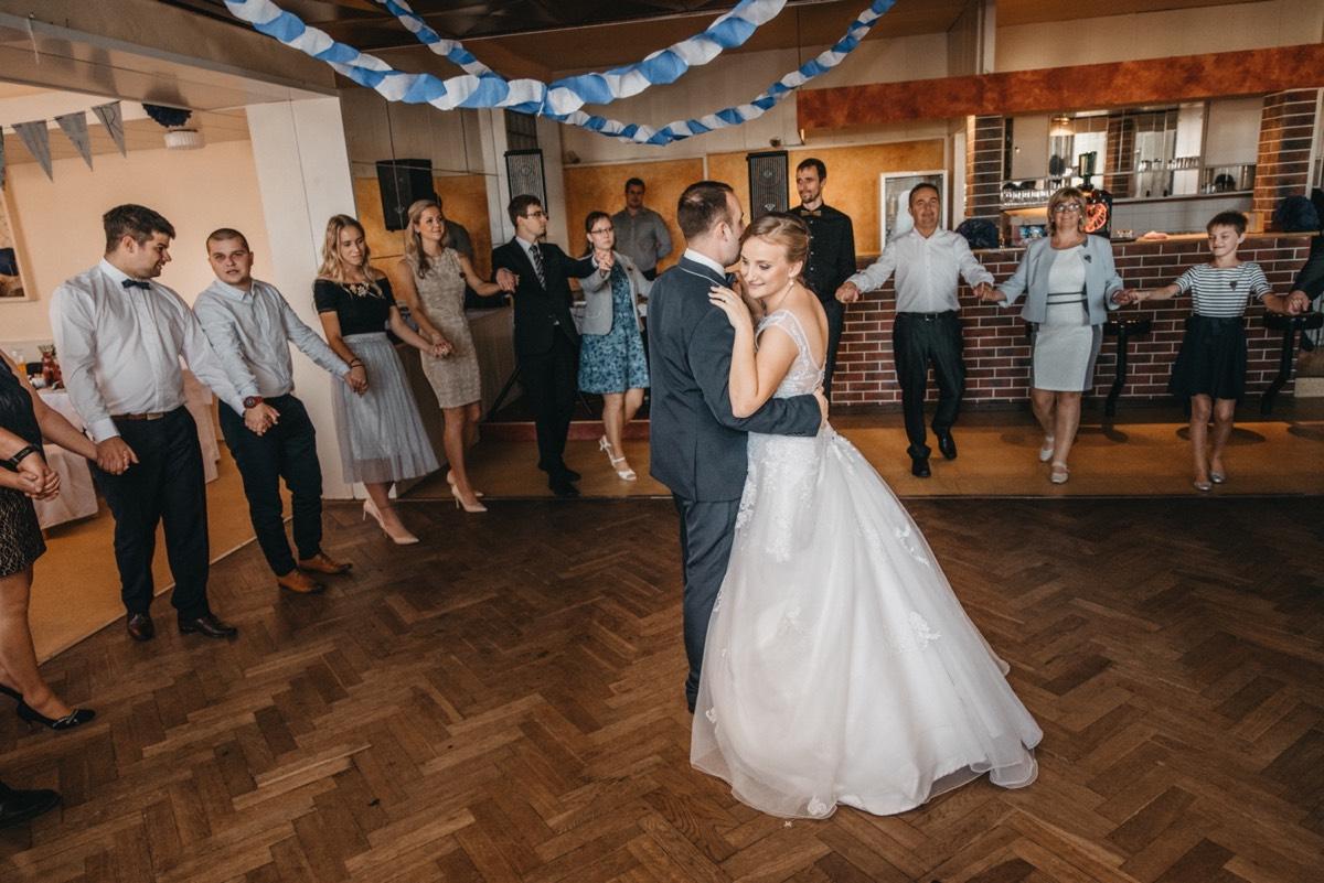 První tanec, kulturní dům Studénka