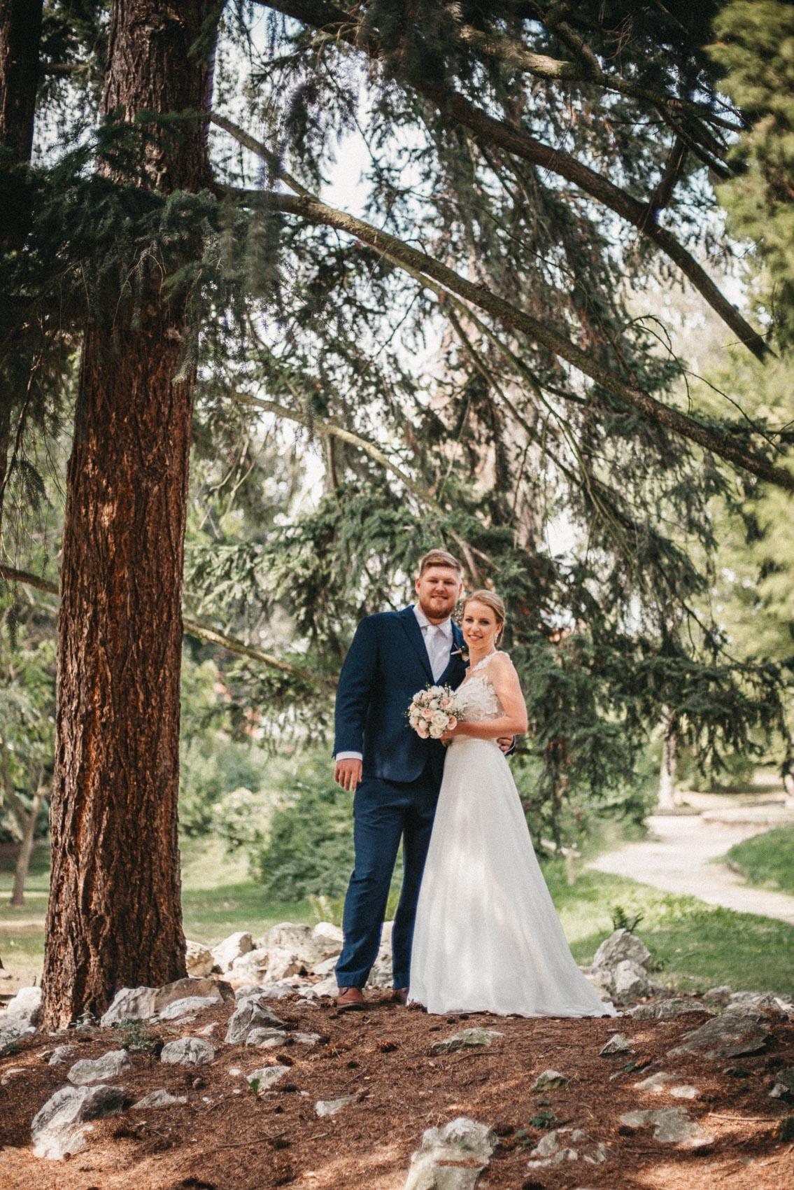 svatební fotografie v parku