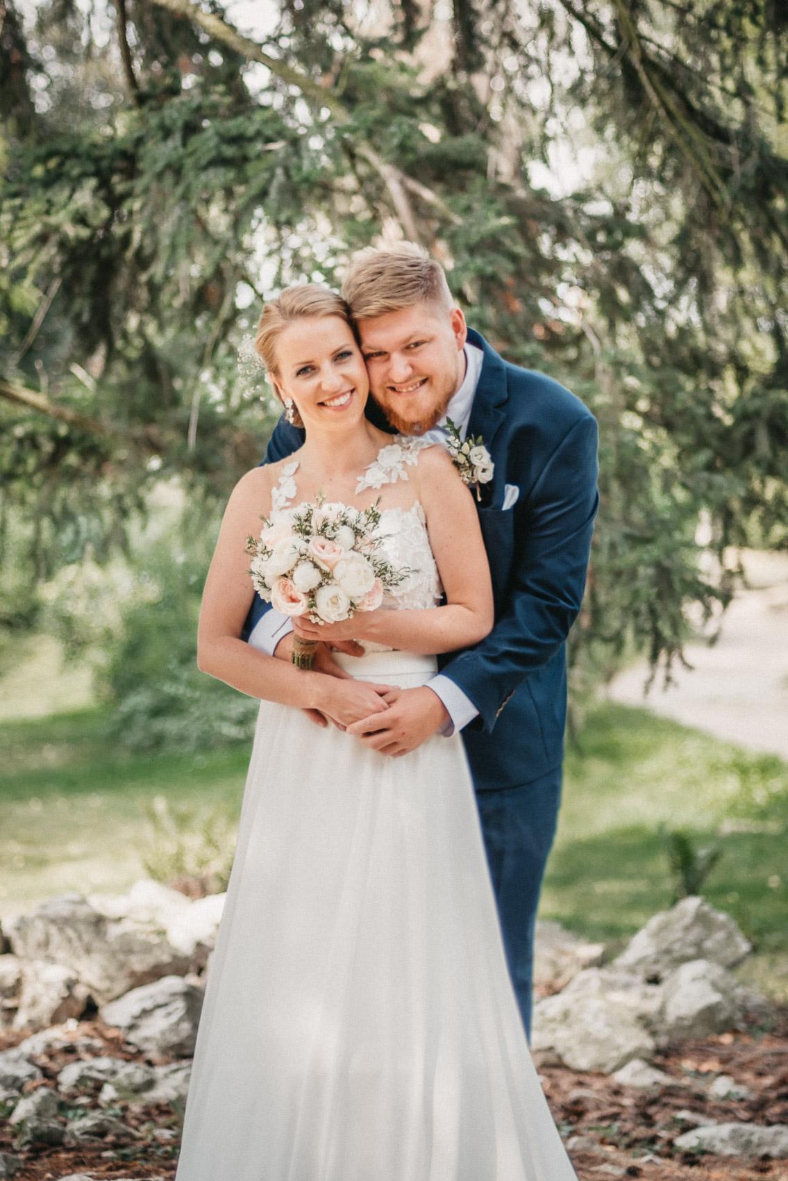 portréty novomanželů v klimkovickém parku 7