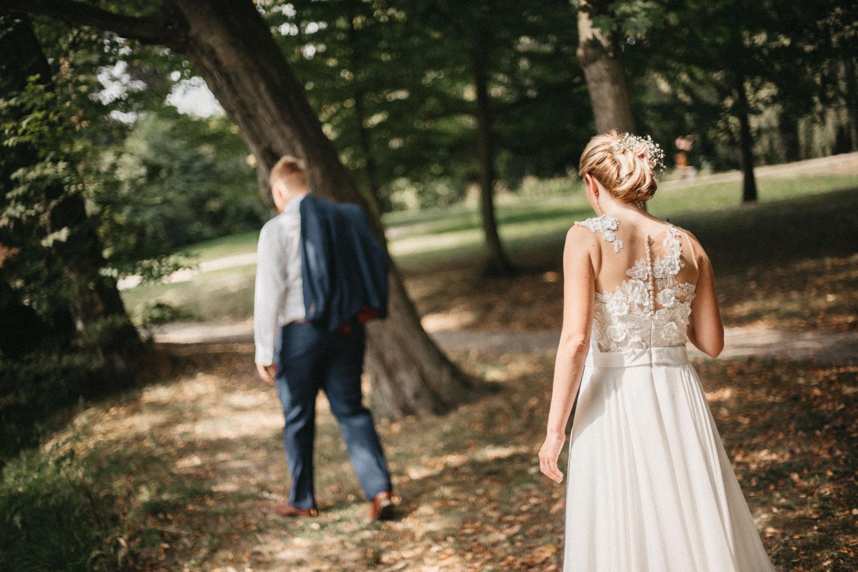 portréty novomanželů v klimkovickém parku 3