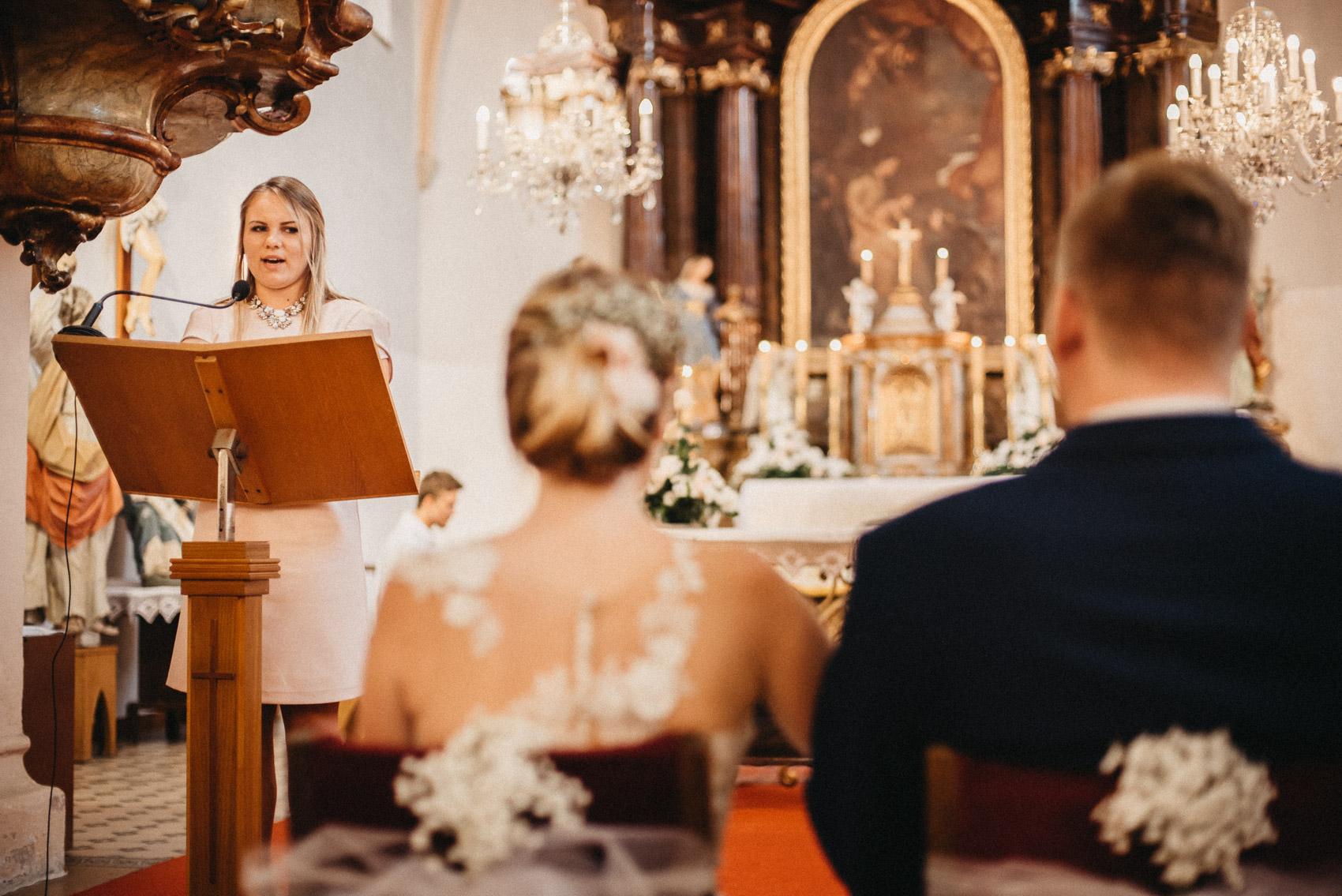 cirkevní obřad 2