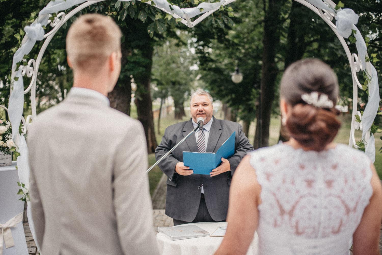svatba v chalupkach obřad